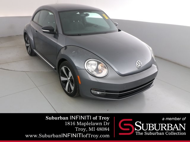 Pre-Owned 2012 Volkswagen Beetle 2.0 TSi 6 Speed Manual
